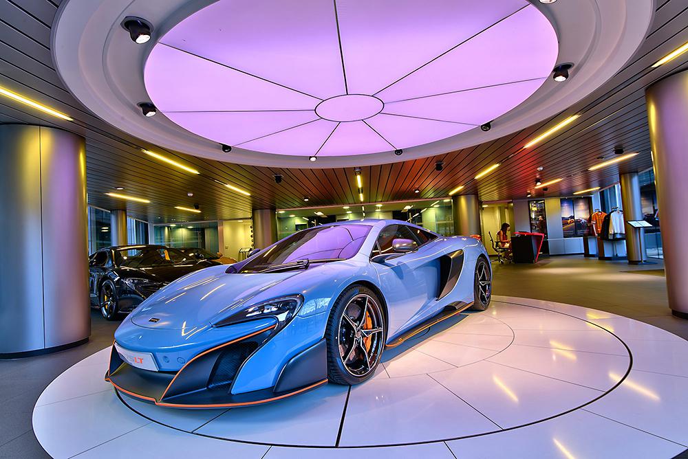 HDR photographic image - McLaren 2